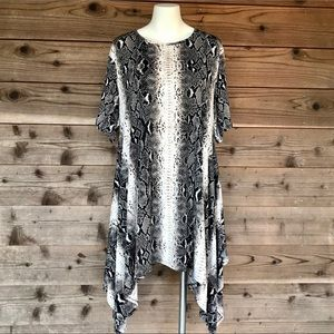 L&B Lucky & Blessed Snake Printed Tunic Lg
